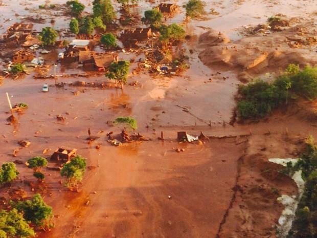 O maior desastre ambiental do Brasil: A morte do Rio Doce